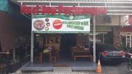Sop dan Nasi Perang Jadi Menu Wajib Kulineran di Tangerang Selatan