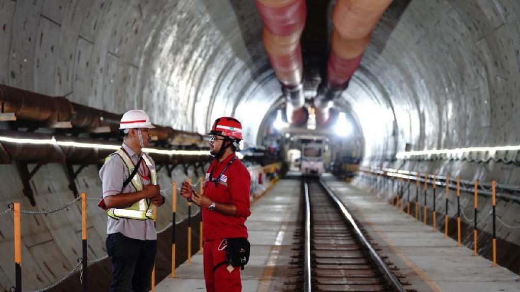 Ini Alasan Kereta Cepat Jakarta-Bandung Bablas sampai Surabaya