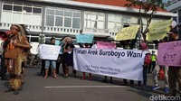 Tentang Netizen Hina Risma yang Buat Warga Surabaya Murka