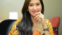 5 Fakta Menarik Amanda Nurani, Tukang Tahu Cantik yang Diserbu Pembeli