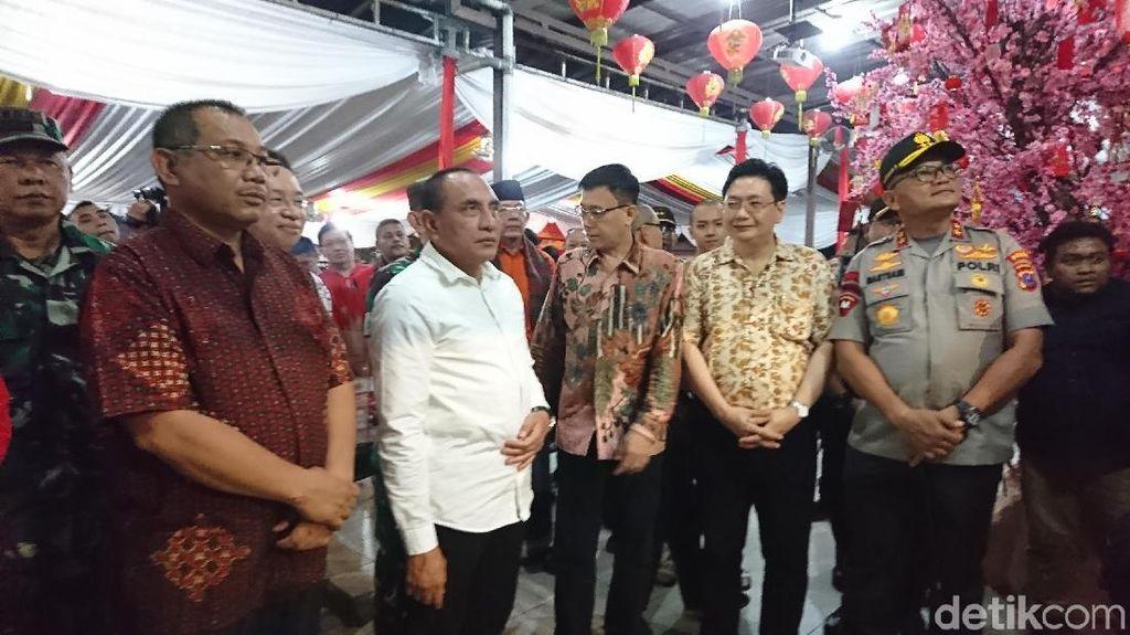 Gubsu Edy Tinjau Persiapan Perayaan Imlek di Vihara Borobudur Medan
