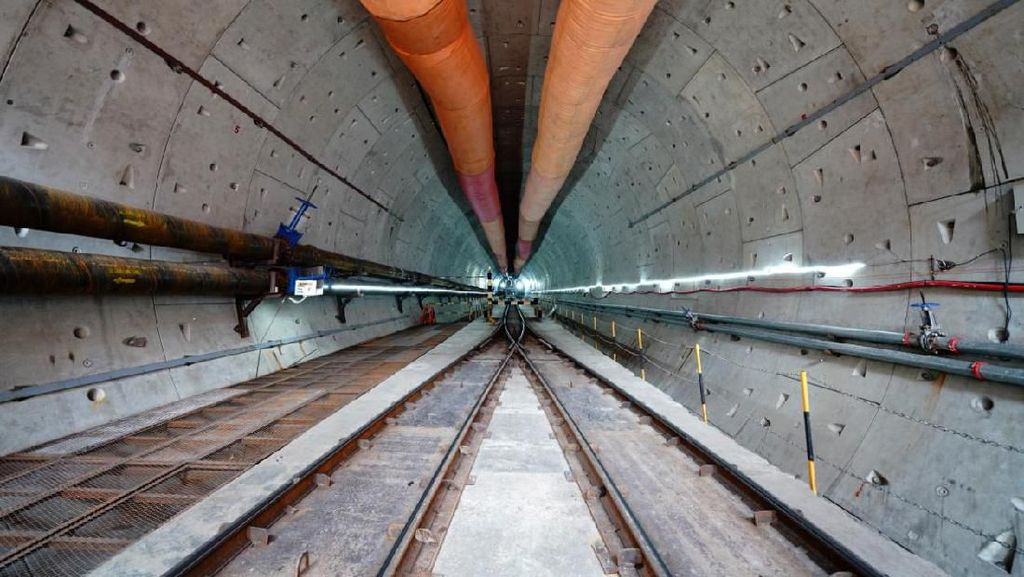 Penampakan Terowongan Kereta Cepat JKT-BDG di Bawah Tol Japek