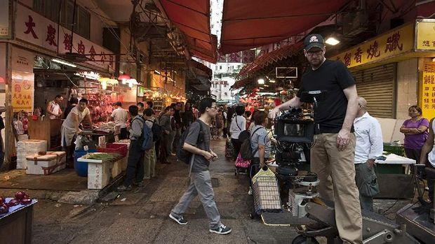Steven Soderbergh syuting Contagion di Hong Kong.