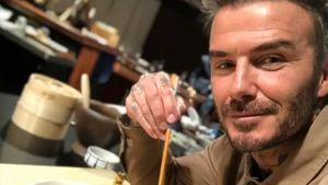 Meriahkan Imlek, David Beckham Unjuk Kebolehan Masak Dumpling!