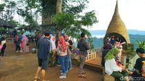 Puncak Bangku Negeri di Atas Awan Ciamis Diserbu Pengunjung