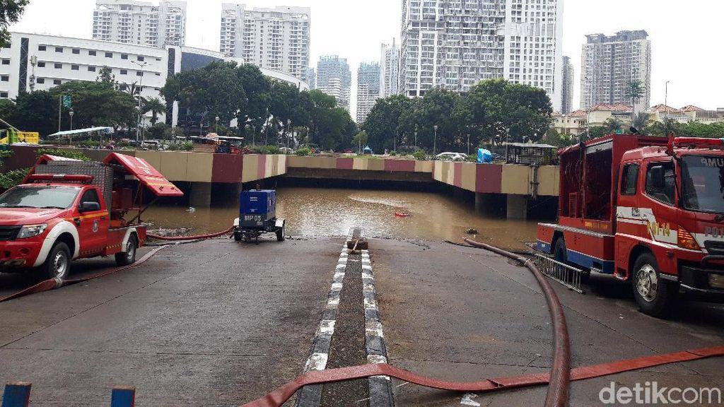 Banjir Underpass Kemayoran Belum Surut, Ini Penyebabnya