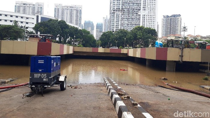 Banjir di Underpass Kemayoran.