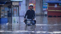Potret Dayeuhkolot-Baleendah yang Putus Akibat Banjir