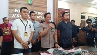 Polisi Tangkap Lagi 2 Perampok di Warteg Jaksel, Ada yang Ditembak