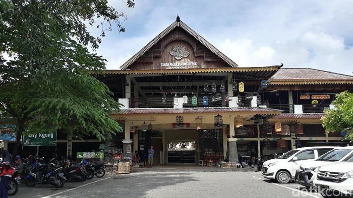 Pasar Depok, Solo, Senin (27/1/2020).