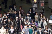 Orang Jepang punya sejumlah alasan mengapa mereka mengenakan masker.