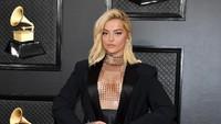 Penampilan Para Wanita Seksi di Grammy Awards 2020
