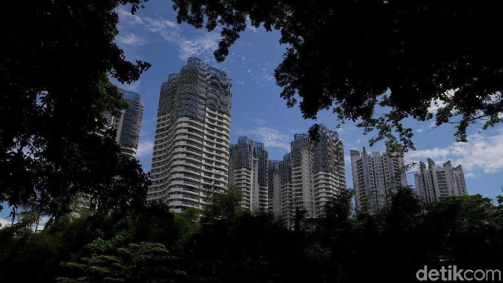 Merawat Ruang Terbuka Hijau di Antara Hutan Beton Ibu Kota