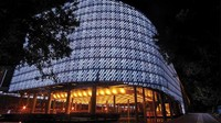 5 Bangunan Cantik Ini Terbuat dari Sampah Kemasan Plastik