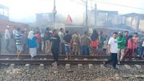 Warga Korban Kebakaran di Peninggaran Timur Diungsikan ke Musala-RPTRA