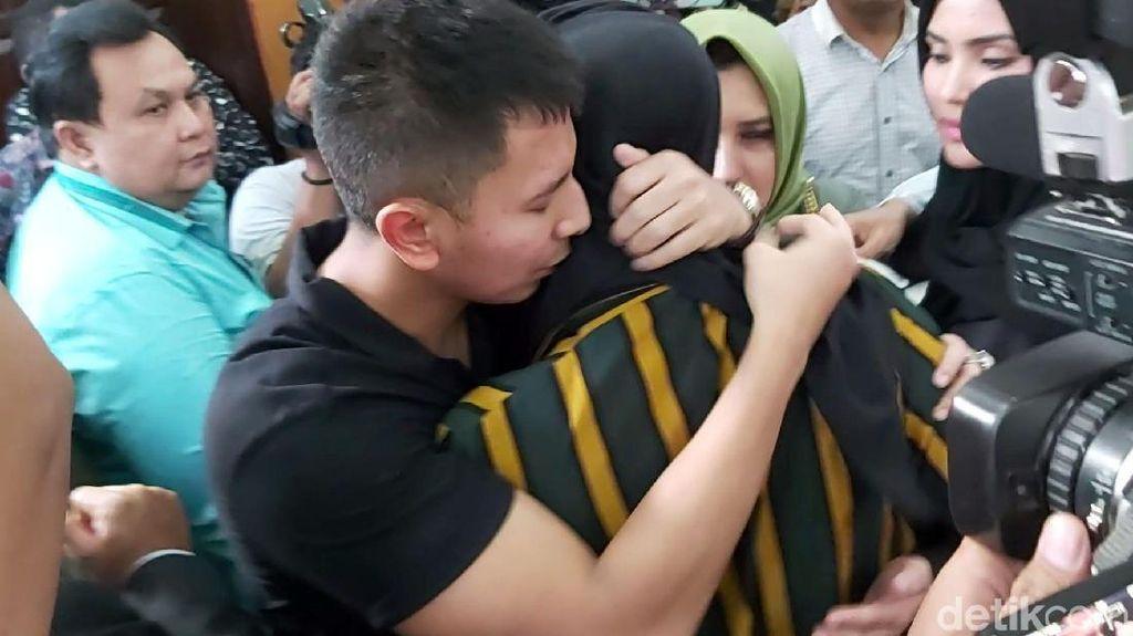 Support Fairuz di Kasus Ikan Asin, Sonny Septian Ajak Liburan ke Bali