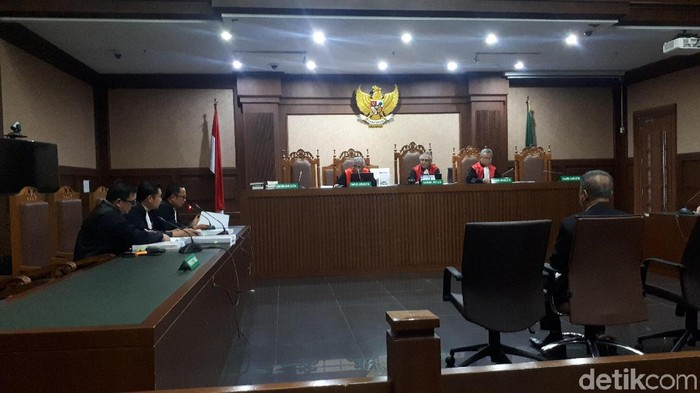 Kasus Suap Eks Gubernur Kepri, Pengusaha Kock Meng Dituntut 2 Tahun Bui
