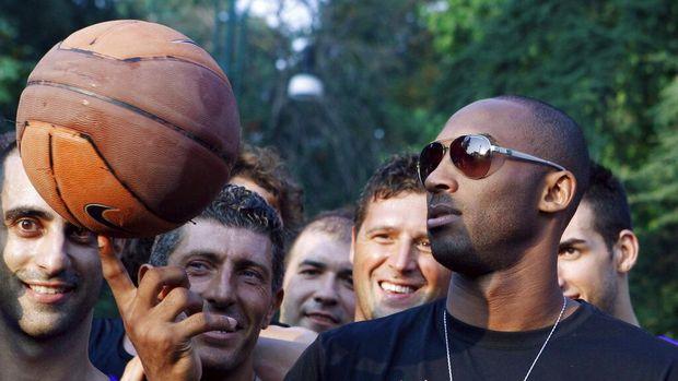 Kobe Bryant meninggal kecelakaan helikopter