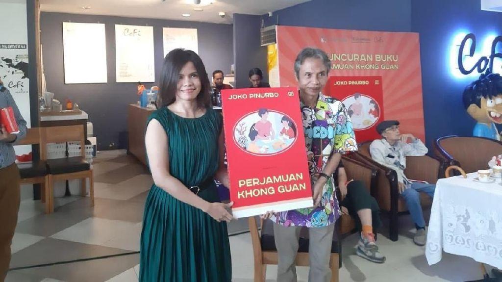 Resmi Rilis, Joko Pinurbo Sajikan Kritik Sosial di Perjamuan Khong Guan