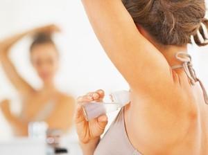 5 Cara Menghilangkan Bau Ketiak dengan Bahan Alami yang Aman