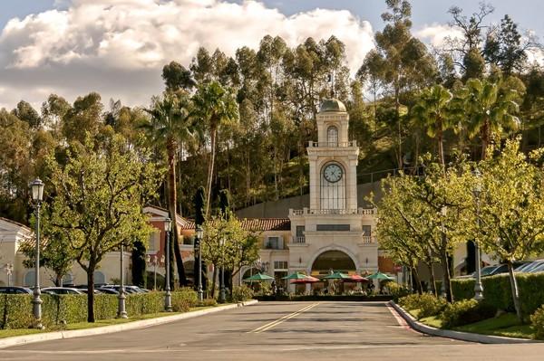 Kawasan kotanya juga cukup tenang dan nyaman. Penduduk di Calabasas hanya sekitar 20 ribu orang (iStock)