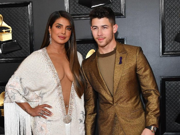 LOS ANGELES, CALIFORNIA - JANUARY 26: Priyanka Chopra Jonas and Nick Jonas attends the 62nd Annual GRAMMY Awards at Staples Center on January 26, 2020 in Los Angeles, California. (Photo by Amy Sussman/Getty Images)