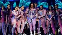 Buka Grammy, Lizzo Beri Persembahan untuk Kobe Bryant