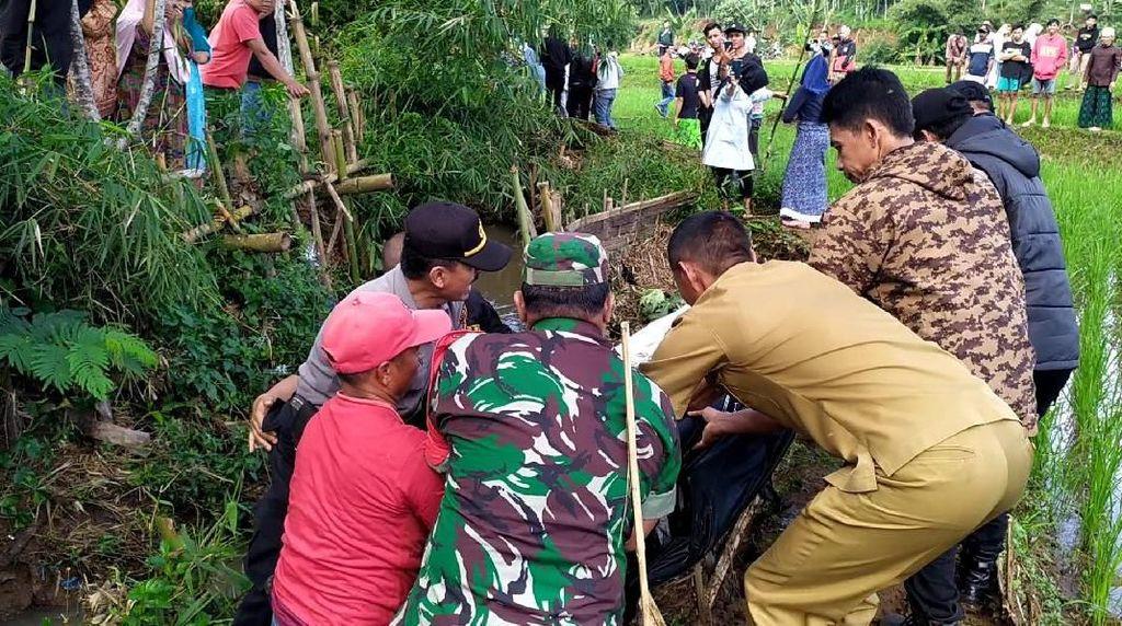 Diduga Terjatuh, Warga Bandung Barat Ditemukan Tewas Mengambang di Sungai