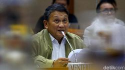 Cecar Menteri ESDM, Anggota DPR Ungkap Elpiji 3 Kg Kini Rp 35.000