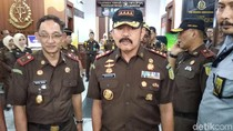 Datangi Kejari Bandung, Jaksa Agung Ingatkan Anak Buah Jangan Nakal