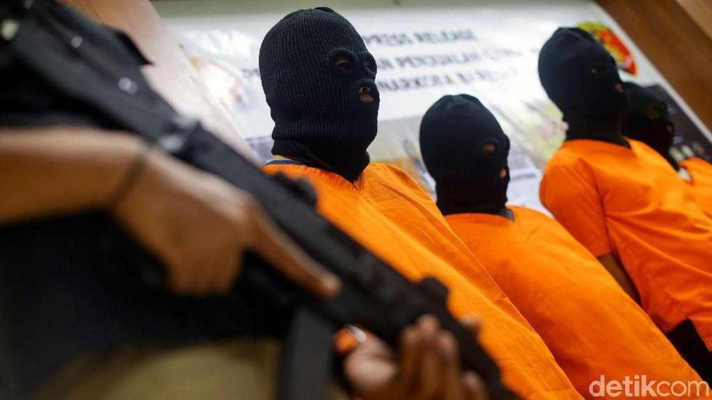 Terciduk Jual Ganja Lewat Online, Pelaku Terancam Hukuman Mati