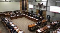 RDP di DPR, Dirjen Imigrasi Jelaskan Alur Keluar-Masuk RI dan Pencekalan