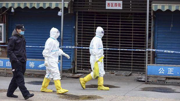 Epidemi virus corona sedang terjadi di China.