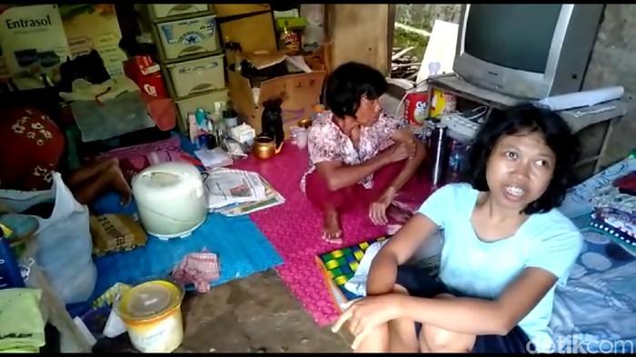 3 perempuan penghuni bangunan tak layak di Tegal.