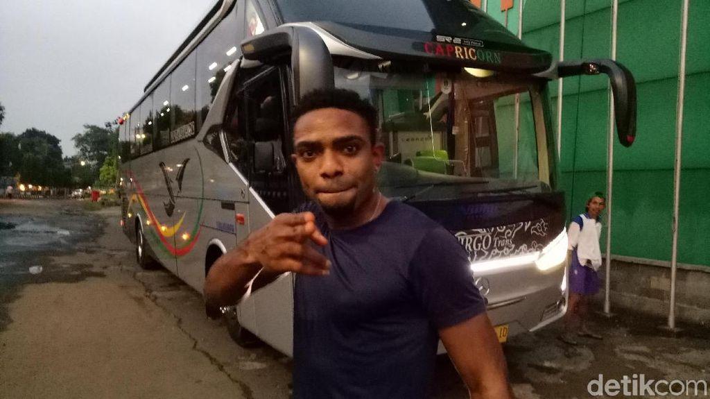Gabung Bhayangkara Solo FC, Osas Saha Dikontrak Satu Musim