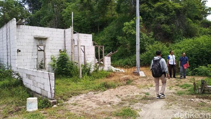 Polisi Ponorogo meminta 47 pembeli perumahan syariah fiktif Dreamland untuk segera menyerahkan brosur. Itu sebagai alat bukti agar penyelidikan segera dilakukan.