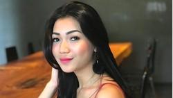 Adik Kriss Hatta, Cyndyana Lorens Resmi Jadi Mualaf