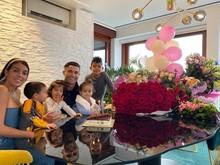 Sebut Ronaldo Suami, Georgina Sudah Menikah?
