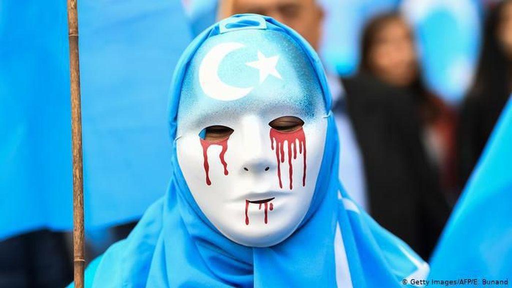 Setelah Turki, Kini Arab Saudi Deportasi Warga Uighur ke China