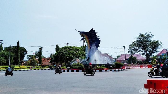 Tugu Ikan Marlin di Pangandaran