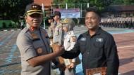 Amankan Pelaku Tabrak Lari, Jurnalis TVRI Indramayu Diganjar Penghargaan