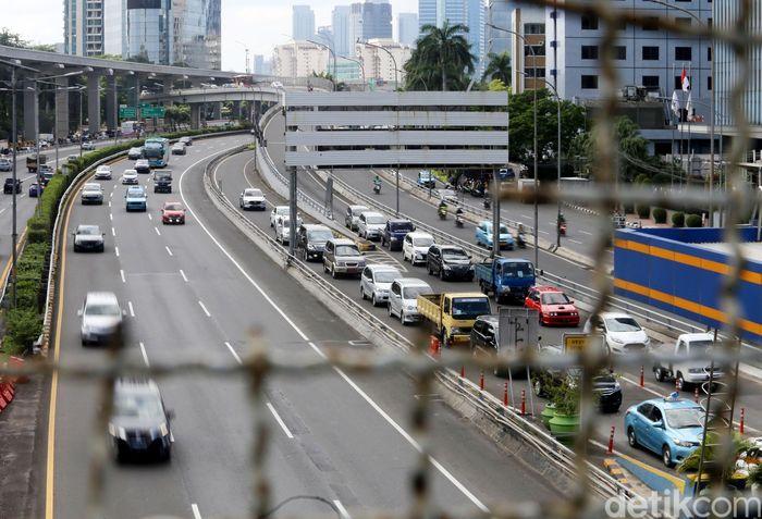 Tol Dalam Kota ruas Cawang-Tomang-Pluit dan Cawang-Tanjung Priok-Ancol Timur-Jembatan Tiga telah mendapatkan restu dari pemerintah untuk penyesuaian tarif.