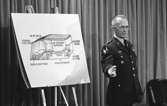 Brigadir Jenderal James Dozier (USNA)