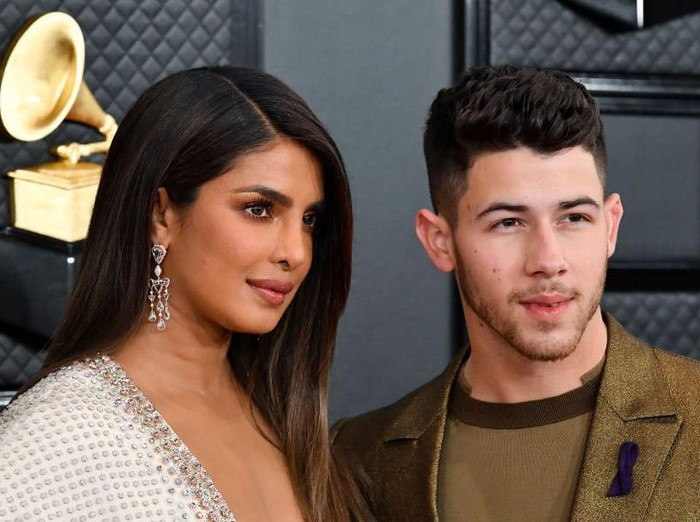 LOS ANGELES, CALIFORNIA - JANUARY 26: (L-R) Priyanka Chopra and Nick Jonas of music group Jonas Brothers attend the 62nd Annual GRAMMY Awards at STAPLES Center on January 26, 2020 in Los Angeles, California. (Photo by Frazer Harrison/Getty Images for The Recording Academy)