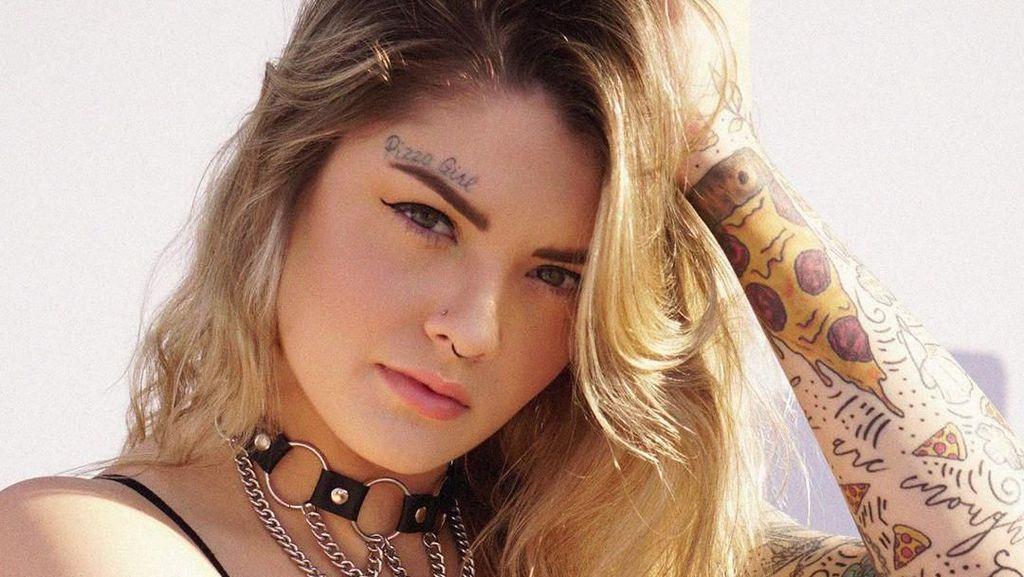 Mantan Tentara Jadi Model Playboy, Dulu Dibully hingga Coba Bunuh Diri