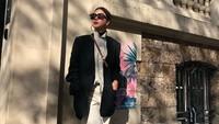 Pamer Foto Bikini, Penampilan Artis 50 Tahun Bikin Penggemar Takjub