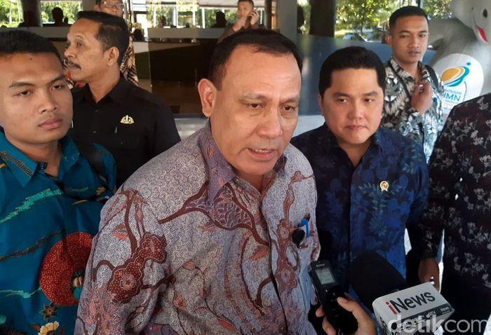 Ketua KPK Firli Bahuri bertemu dengan Menteri BUMN Erick Thohir di kantor Kementerian BUMN, Jakarta, Selasa (28/1/2020).