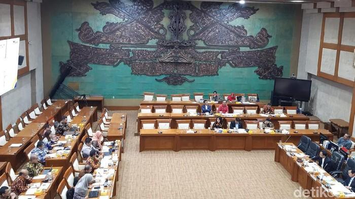 RDP Komisi XI DPR RI dengan Asabri