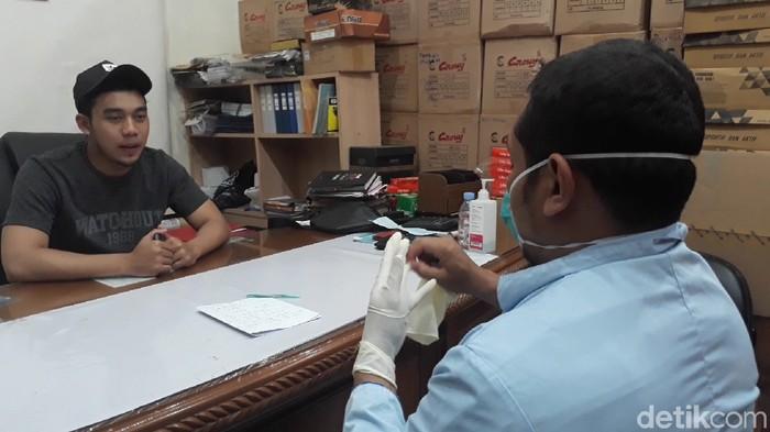 mahasiswa diperiksa sepulang dari china untuk mengantisipasi virus corona