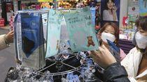Turis China di Seluruh Dunia Berburu Masker
